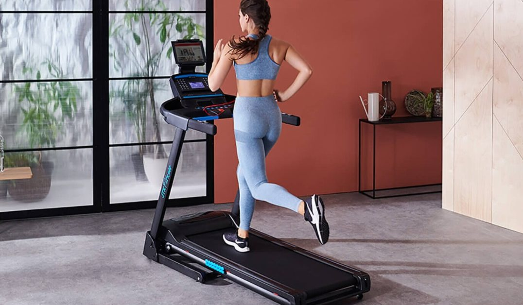 ?Finding the Best Treadmills With Built-In TVs